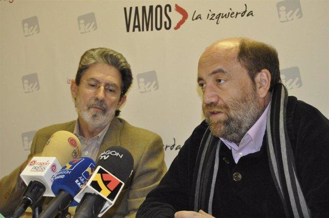 El concejal de IU-Zaragoza, José Manuel Alonso, y el diputado autonómico, Adolfo