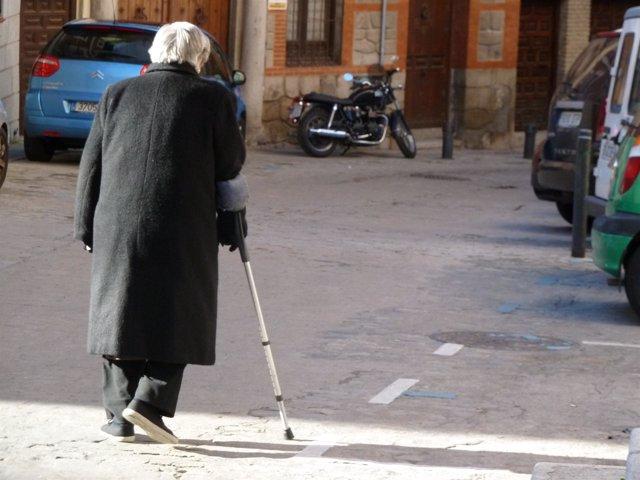 Anciano, vejez,  dependencia