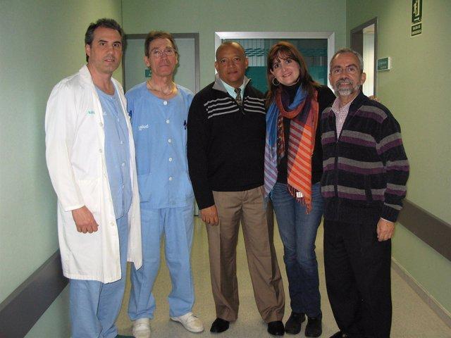 Los dos médicos estarán dos meses en Zaragoza