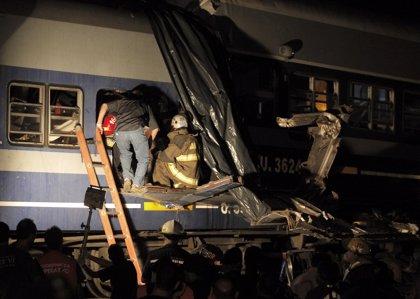 Al menos 4 muertos por el choque de dos trenes en Buenos Aires