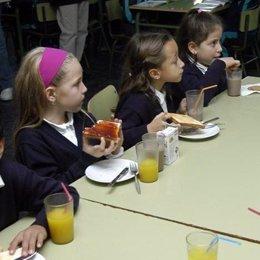 Niños, alimentación, colegio