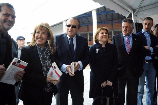 Miró y Fabra en el centro cultural polivalente de Vall d'Uixó.