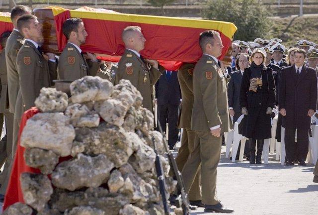 Funeral por los cinco militares españoles muertos
