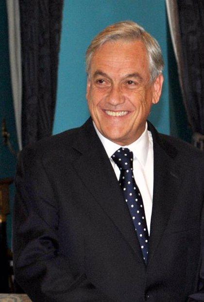 Piñera alcanza un nivel de desaprobación del 49%