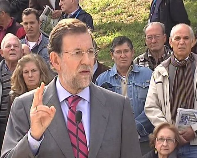 Rajoy aprueba el viaje de Zapatero a Túnez