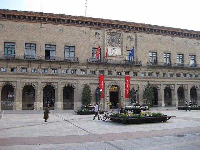 Imagen de la fachada del Ayuntamiento de Zaragoza