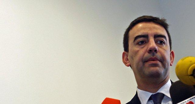 El portavoz del Grupo Parlamentario del PSOE, Mario Jiménez