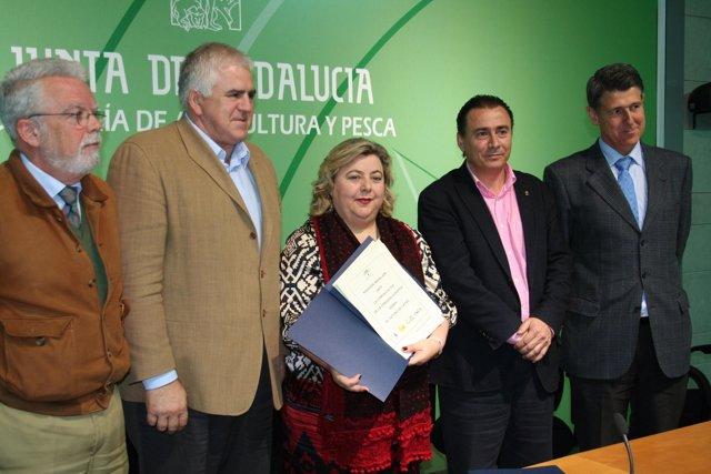 Organizaciones agrarias, Faeca y Junta presentan el documento consensuado sobre