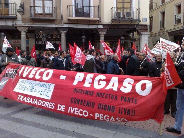 Concentración de trabajadores de Iveco en Valladolid.