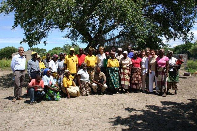 La Infanta Doña Cristina visita proyectos solidarios en Mozambique