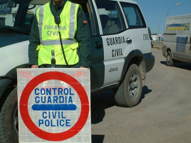 Control de la Guardia Civil
