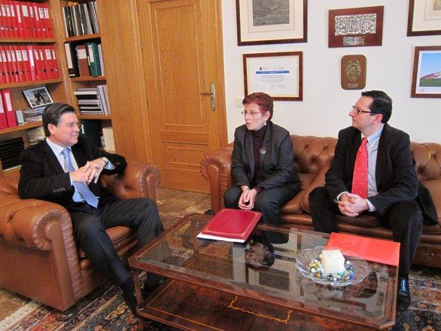 José Manuel Claver, Begoña García Retegui y  Pedro J. Navarro