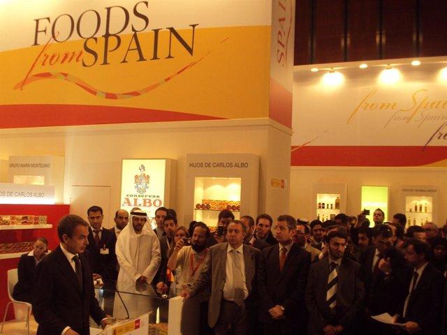 El preidente del Gobierno, José Luis Rodríguez Zapatero, visita las empresas and
