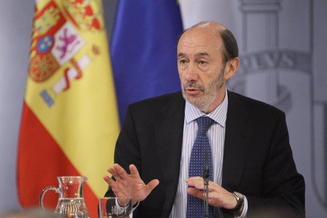 Alfredo Pérez Rubalcaba en consejo de ministros