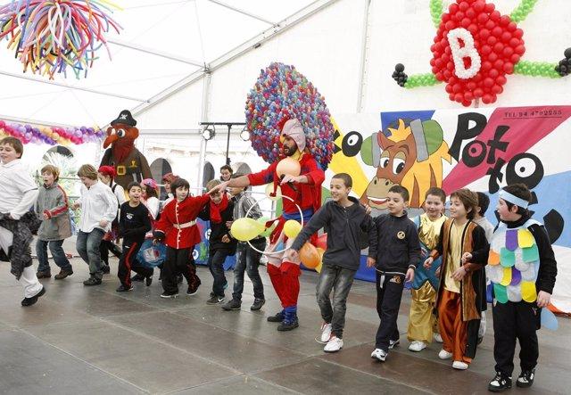 Desfile infantil de Carnaval en Bilbao.