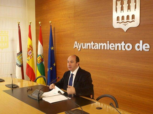 El portavoz del Gobierno local, Vicente Urquía