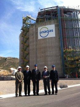 González Tovar visita la planta de Enagas
