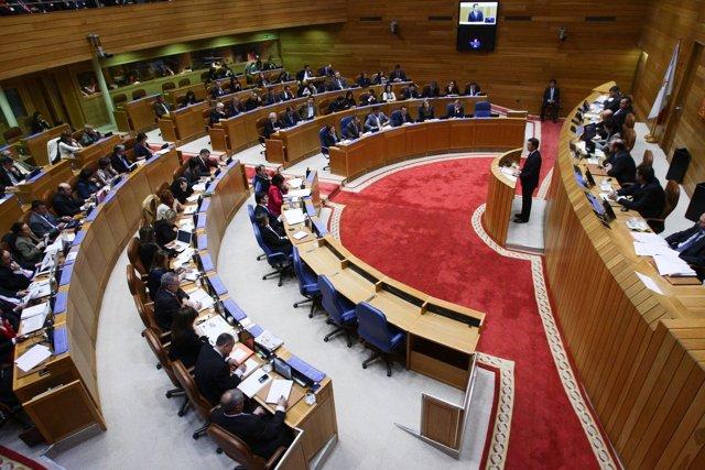 Feijóo Debate Estado de la Autonomía (plano general)