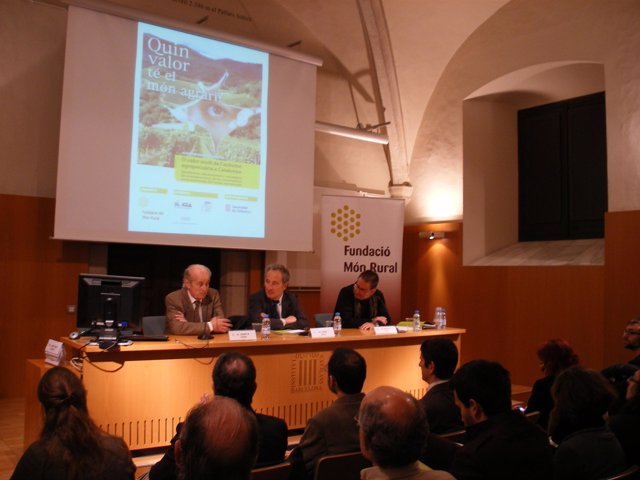 El director general de Desarrollo Rural, Jordi Sala, en la presentación del estu