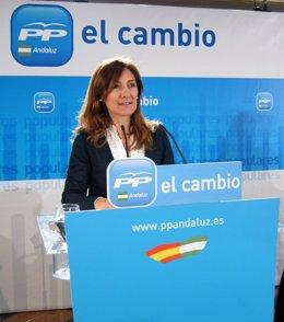 Alicia Martínez, hoy en una reunión del PP-A sobre vivienda