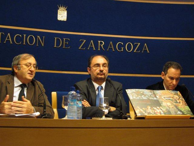 El jefe de Servicio de Restauración, el presidente de la DPZ y el comisario de l