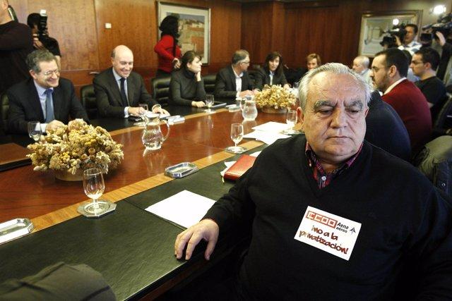 Reunión de AENA con los sindicatos por la huelga