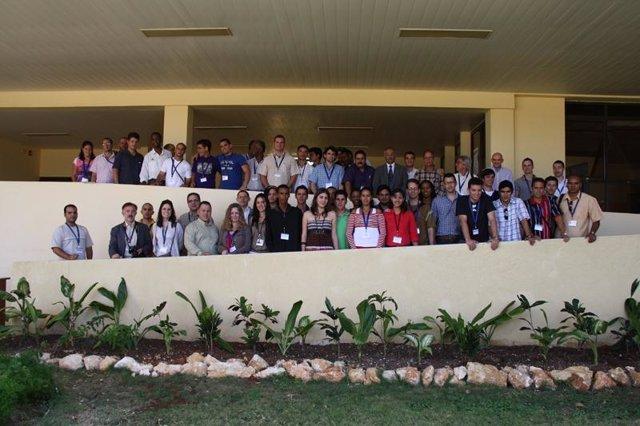 Investigadores de la Universidad de Zaragoza participan en un congreso sobre Fís