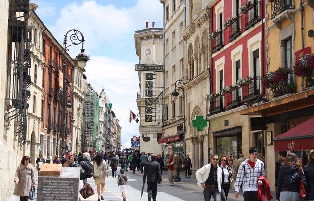 Calle comercial de León
