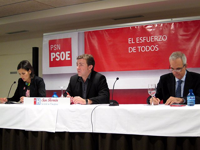 María Chivite, Roberto Jiménez, y José Navas.