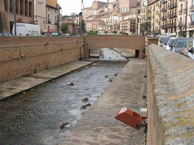 Cauce del río Queiles a su paso por Tarazona (Zaragoza)