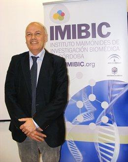 el catedrático holandés Leo Hofland, experto en tratamiento de los tumores endoc