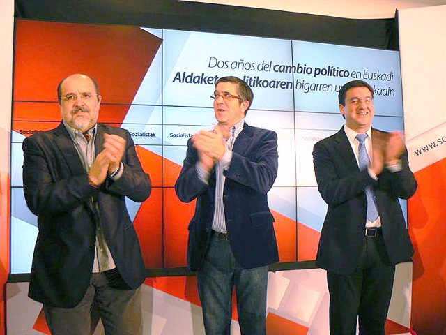Txarli Prieto, Patxi López y Patxi Lazcoz.