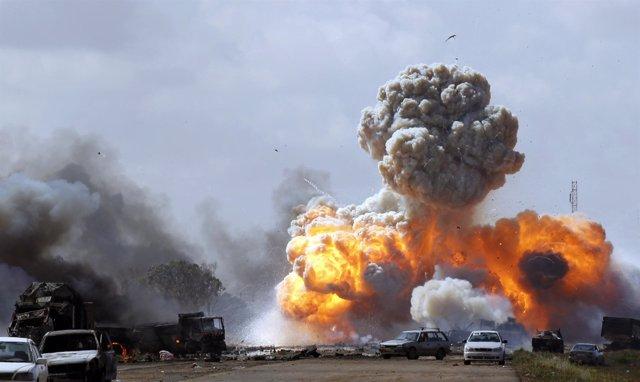 Bombardeos sobre Libia