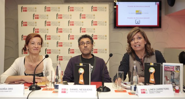 Rueda de Prensa Premios SM: Ganadores Begoña Oro y Daniel Nesquens junto a Lines