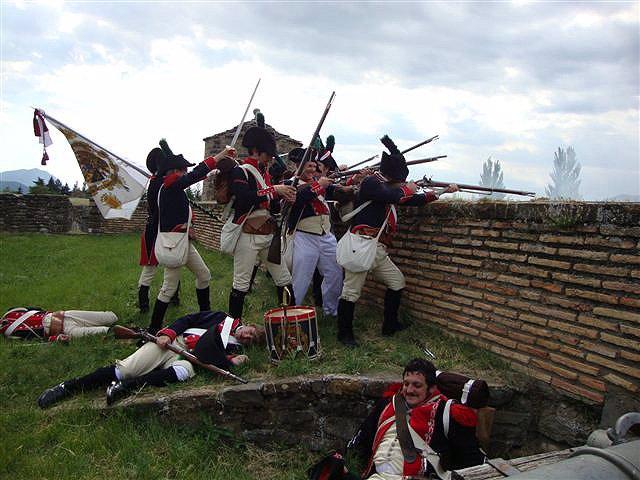 Nota De Prensa: Soldados De Infantería Del Siglo XIX Recrearán La Vida Militar P