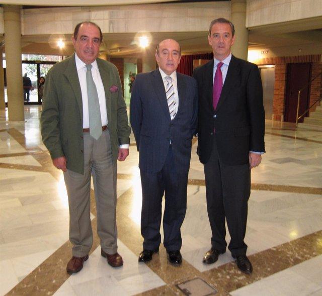 De izda a dcha:  José María Román Santamaría, Armando Tejerina Gómez, Santiago L