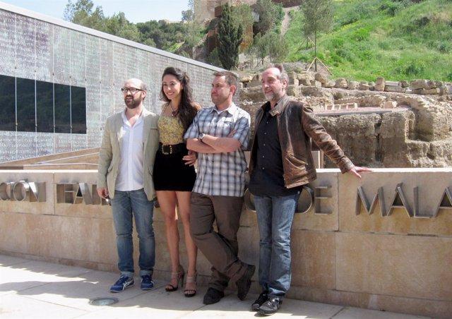 Javier Cámara, Oona Chaplin, Tom Fernández y Gonzalo de Castro en la presentació