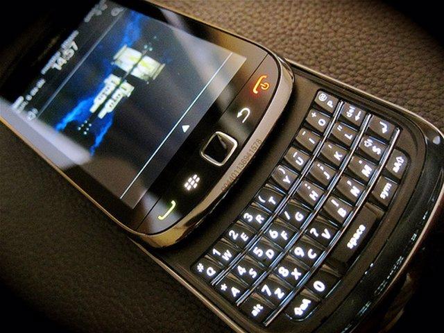 blackberry torch edans flickr cc