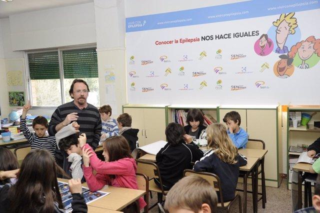 Un experto explica en qué consiste la epilepsia en uno de los colegios españoles