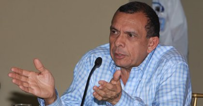 Honduras.- Lobo pide ayuda a la Corte Suprema para resolver los juicios contra Zelaya