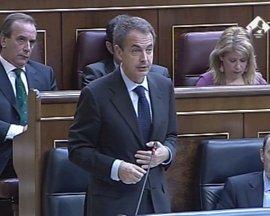 Zapatero dice que llamará al presidente canario para concertar una reunión con él