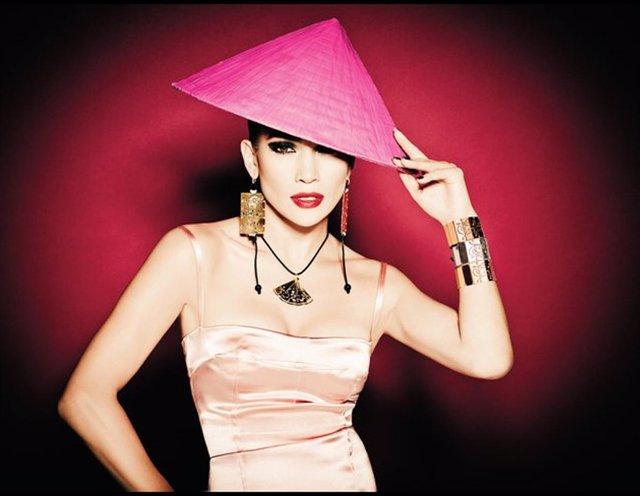 Jennifer Lopez para la campaña 'Oriental' de Tous