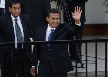 """Perú.- Ollanta Humala propone reformar la Constitución de Perú pero con el """"consenso de las fuerzas políticas"""""""