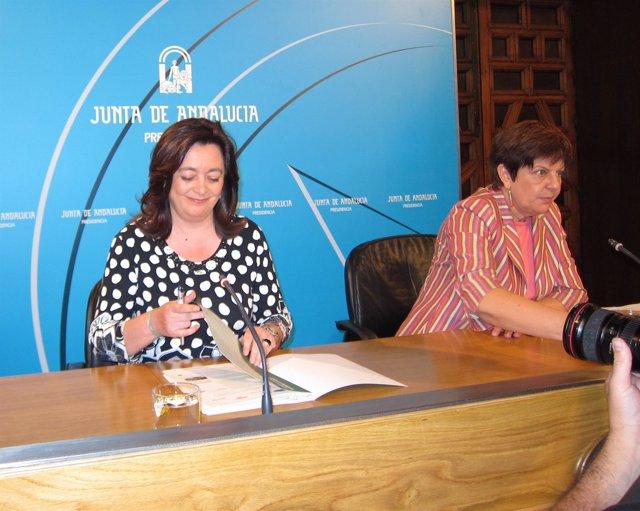 Mar Moreno y Josefina Cruz Villalón, este martes en rueda de prensa