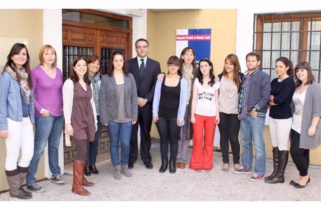 Estudiantes de Enfermería con Hugo Muñoz