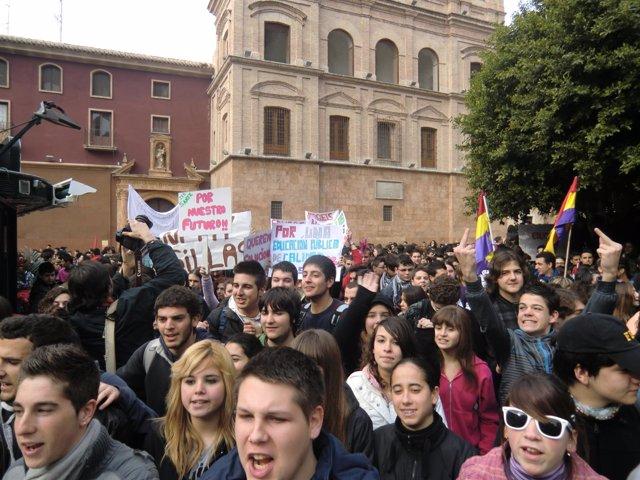 Manifestación de jóvenes en Murcia