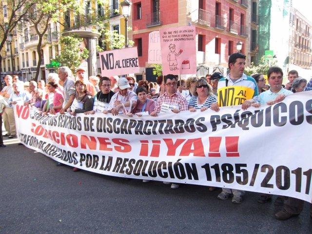 Manifestación Por El Cierre De Los Centros Ocupacionales