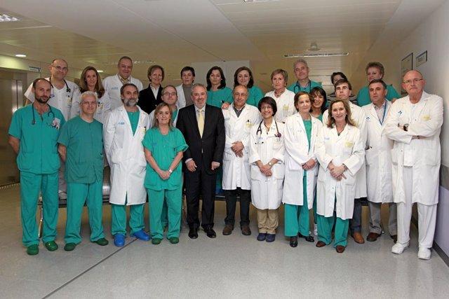 Equipo Médico Primer Trasplante En El Hospital San Pedro
