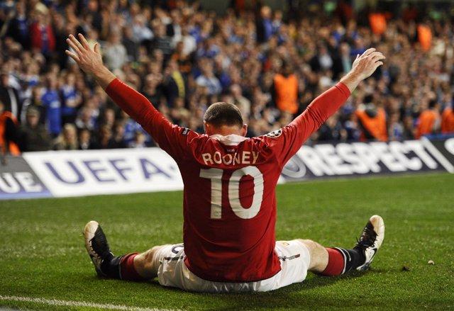 Rooney allana el camino hacia semifinales