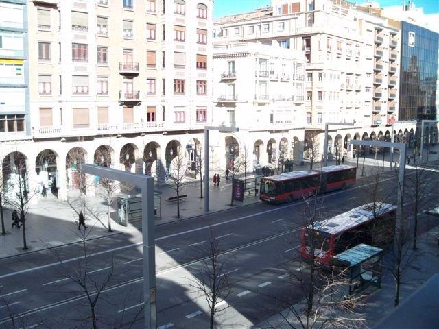 Autobuses En Independencia